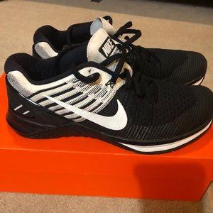 Women's Nike metcon Dsx flynit 8.5